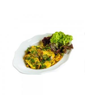 Картофель, жареный с грибами и луком